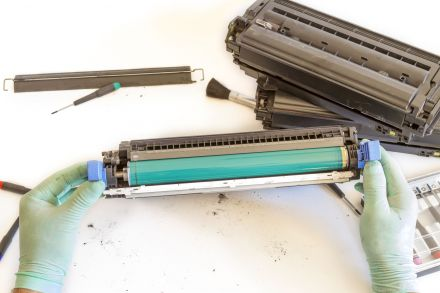 Презареждане на тонер касета CF350A