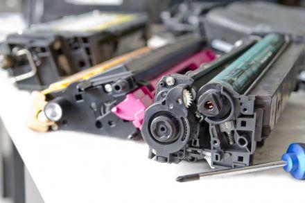 Презареждане на тонер касета TK1150